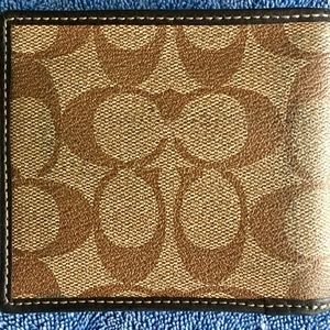 Coach Accessories - Coach Wallet (Used)